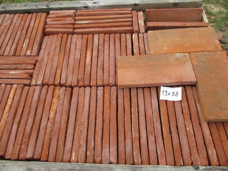Tavelle in cotto antico per sottotetto o pavimento 19 x 38 antichi materiali edili for Cotto per esterno prezzi